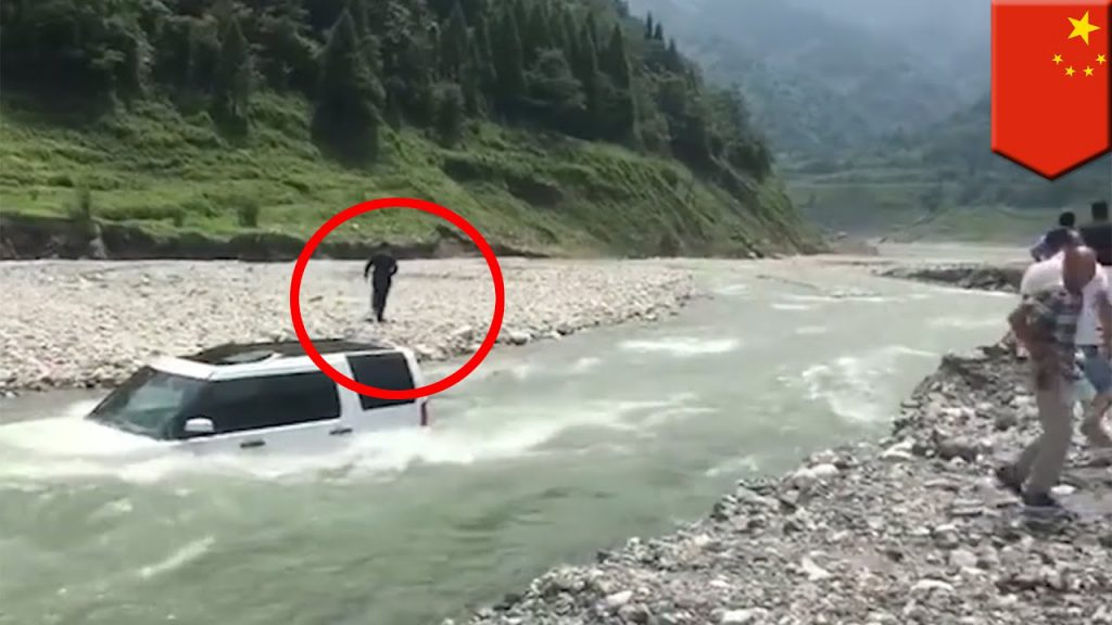 Chinese man washes car in river to save US $3
