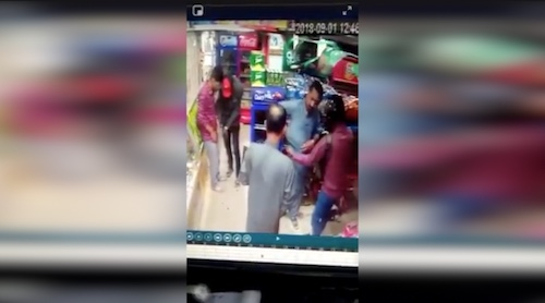 KHI: CCTV footage of Snatching incident at a shop