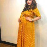Sania Mirza: Tennis Superstar Now A Pregnant Fashion Diva?