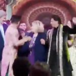 Hillary Clinton and John Kerry dancing with Shahrukh Khan?