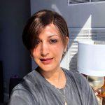 Sonali Bendre shares a motivational message on her cancer journey