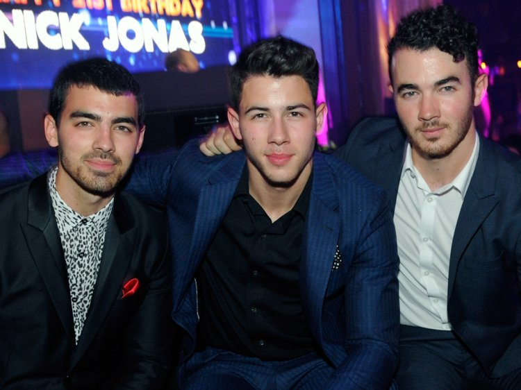Are the Jonas Brothers reuniting?