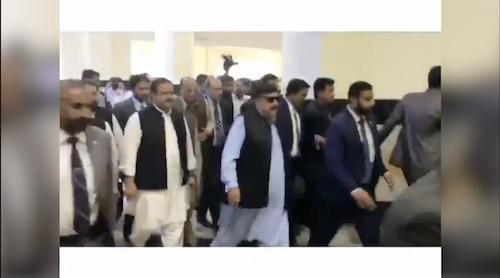 CM Punjab Usman Buzdar is on this way to Rawalpindi via train