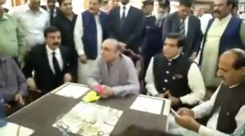 I don't have TV: Zardari talks to media