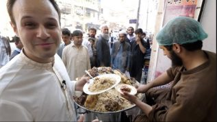 Incredible Peshawar food street – a place to be!
