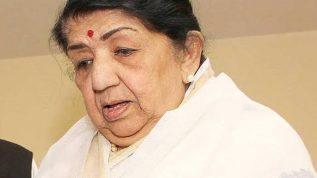Legendary singer Lata Mangeshkar hospitalized in Mumbai
